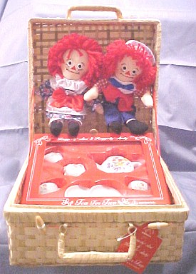 Cuddly Collectibles Raggedy Ann And Friends Collectibles